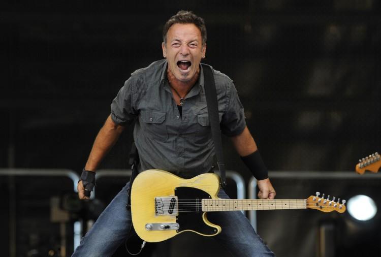 Bruce! ai Bruce...