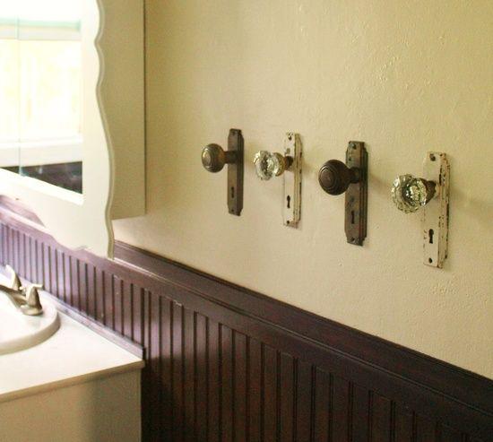 Fechaduras ou toalheiro?