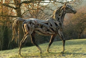 cavalo-de-madeira