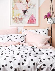 bolinhas na cama